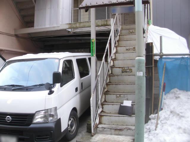 鉄骨階段の老朽化