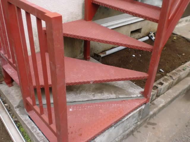 コンクリートは再利用しての階段交換