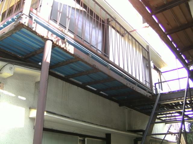 アパート廊下鉄骨の腐食