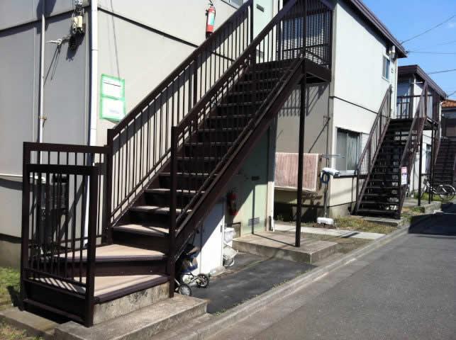 蘇生した鉄骨階段