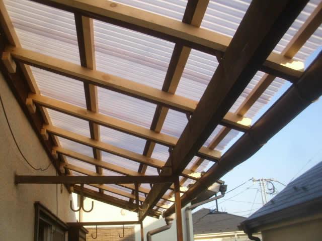 ベランダの屋根材交換