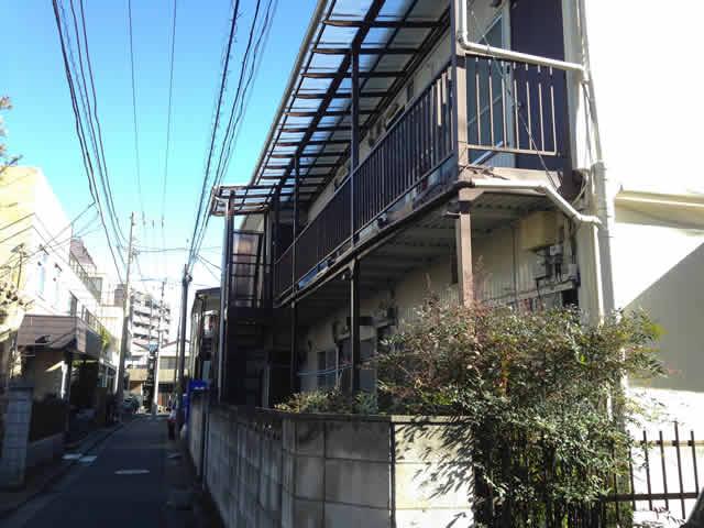 アパート建物の外観写真