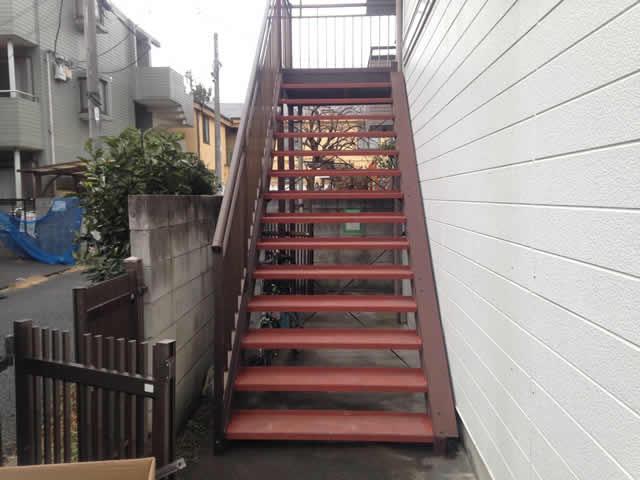 外階段のステップ交換完了