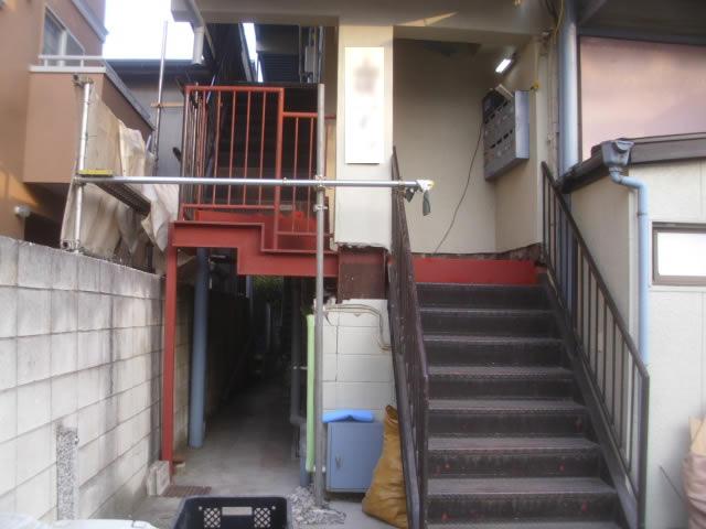メンテナンスされた外階段