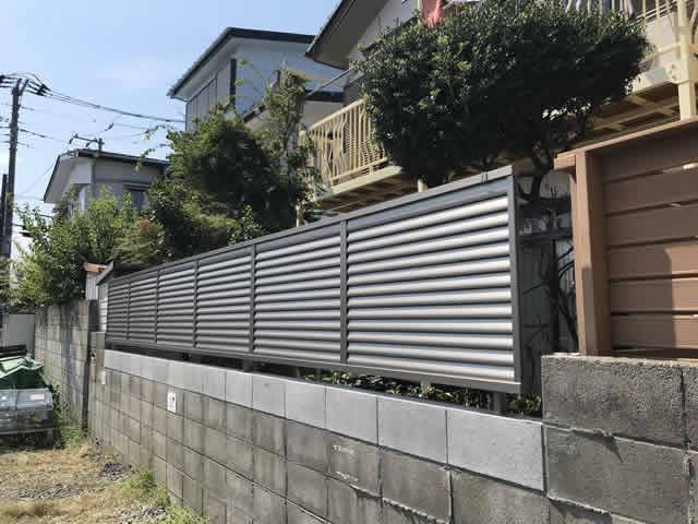 ブロック塀目隠しフェンス